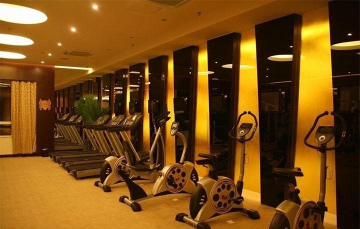 Освещение в спортзале